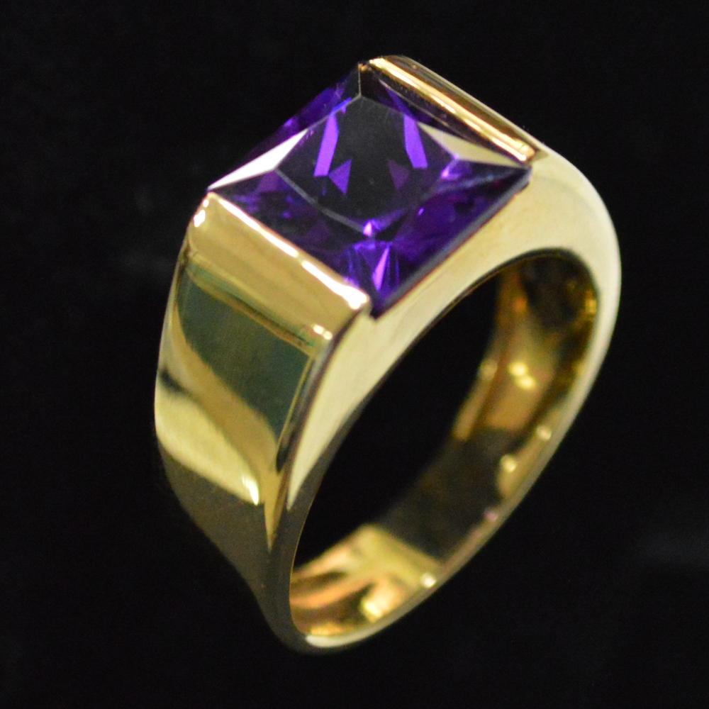 b02364b66fb9 anillo de oro